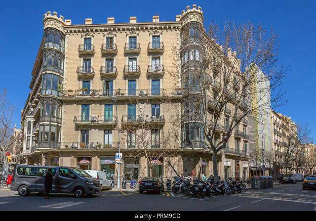 Casa Isidre Feliu (1904) by architect Roc Cot i Cot,  Trafalgar,  25 and Bruc,  2-4 Barcelona,  Spain.